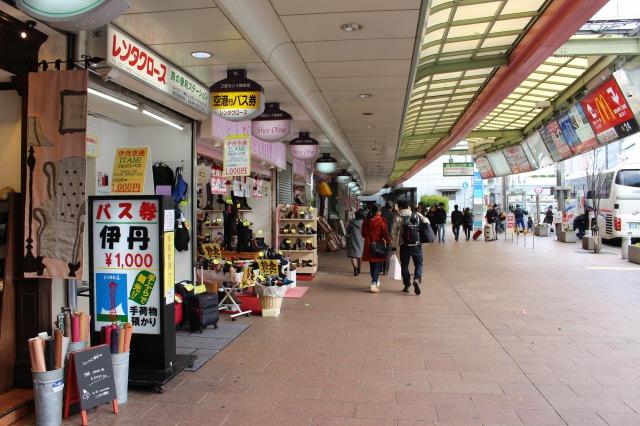 三宮のJR、阪神、阪急徒歩圏内です。