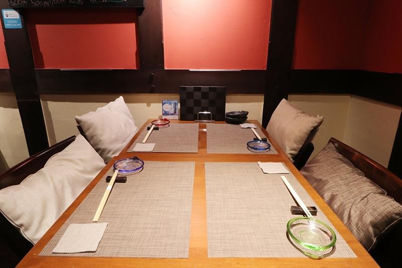 少人数での宴会におすすめのテーブル席は全8席