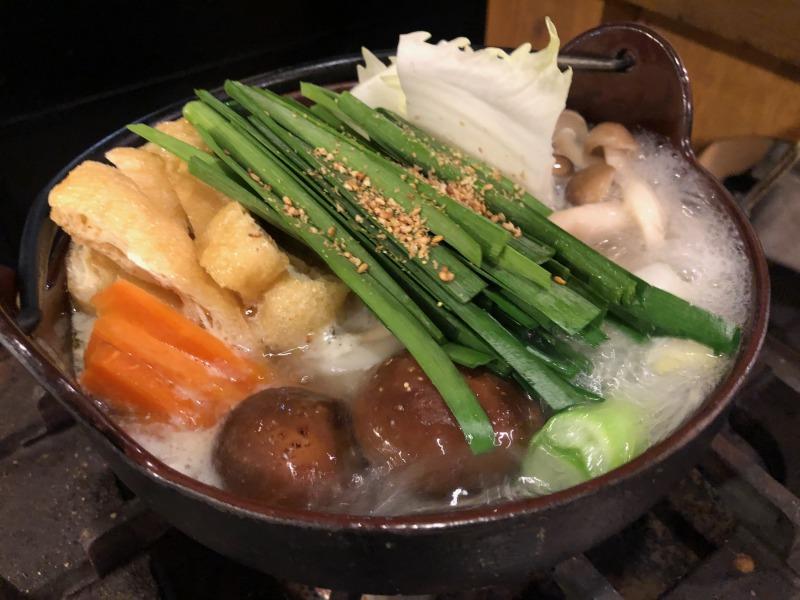 冬季限定!鶏塩ちゃんこ鍋はカラダに沁みる美味しさ