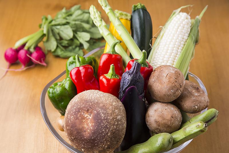 季節の焼き野菜は、素材の旨味が口いっぱいに広がります。