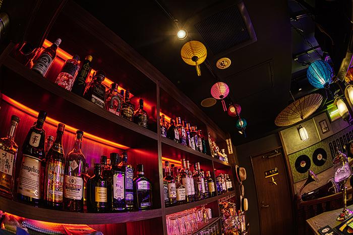 お酒の種類も豊富なので、Barとして2軒目利用やサク飲みにもOK