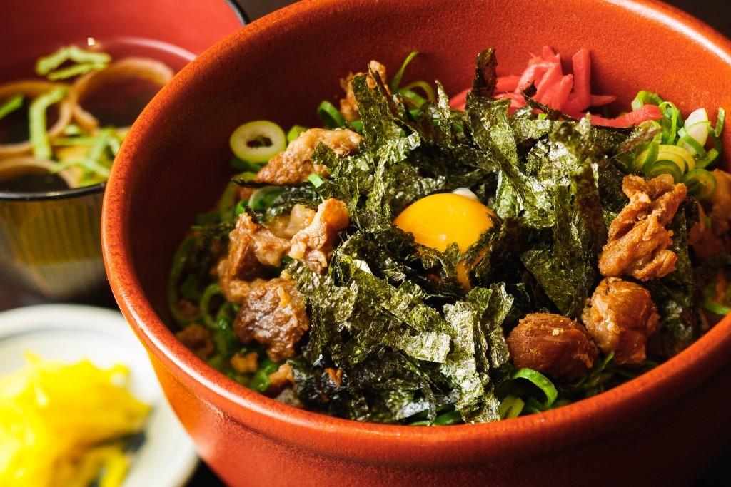 Bokkake (beef tendon stew) rice bowl