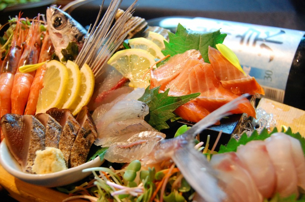 Super fresh seafood directly from fisheries! Assorted sashimi platter.