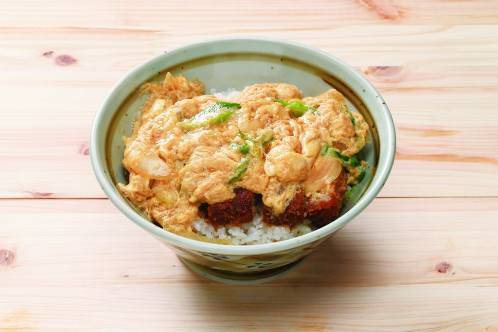 Katsu don: 850 JPY (tax included)<br />