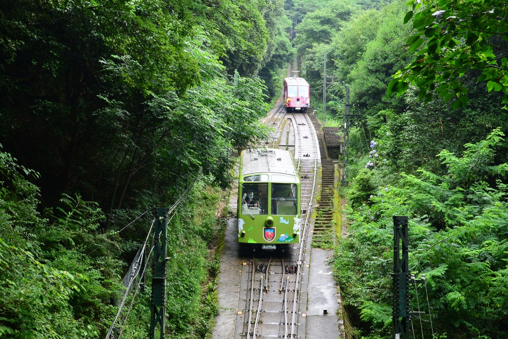 Maya Cable-car that ascends the hill safely and swiftly.